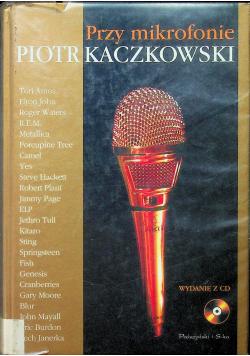 Przy mikrofonie